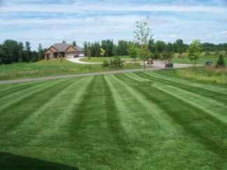 Weekly Lawn Mowing Woodbury MN